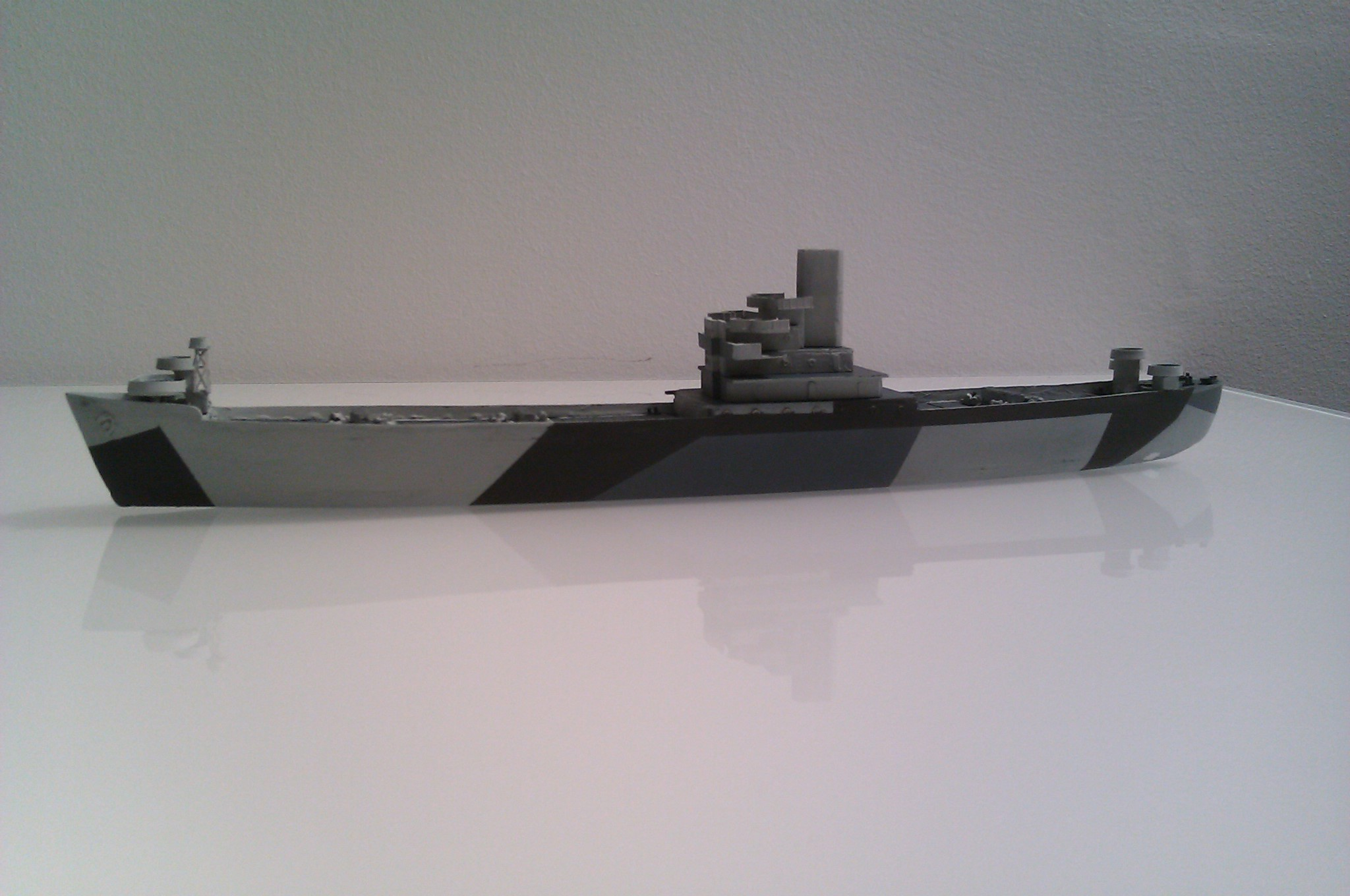 USS Thurston 1/700 à partir du kit Armerican scout de Loose cannon 0LKlqjp