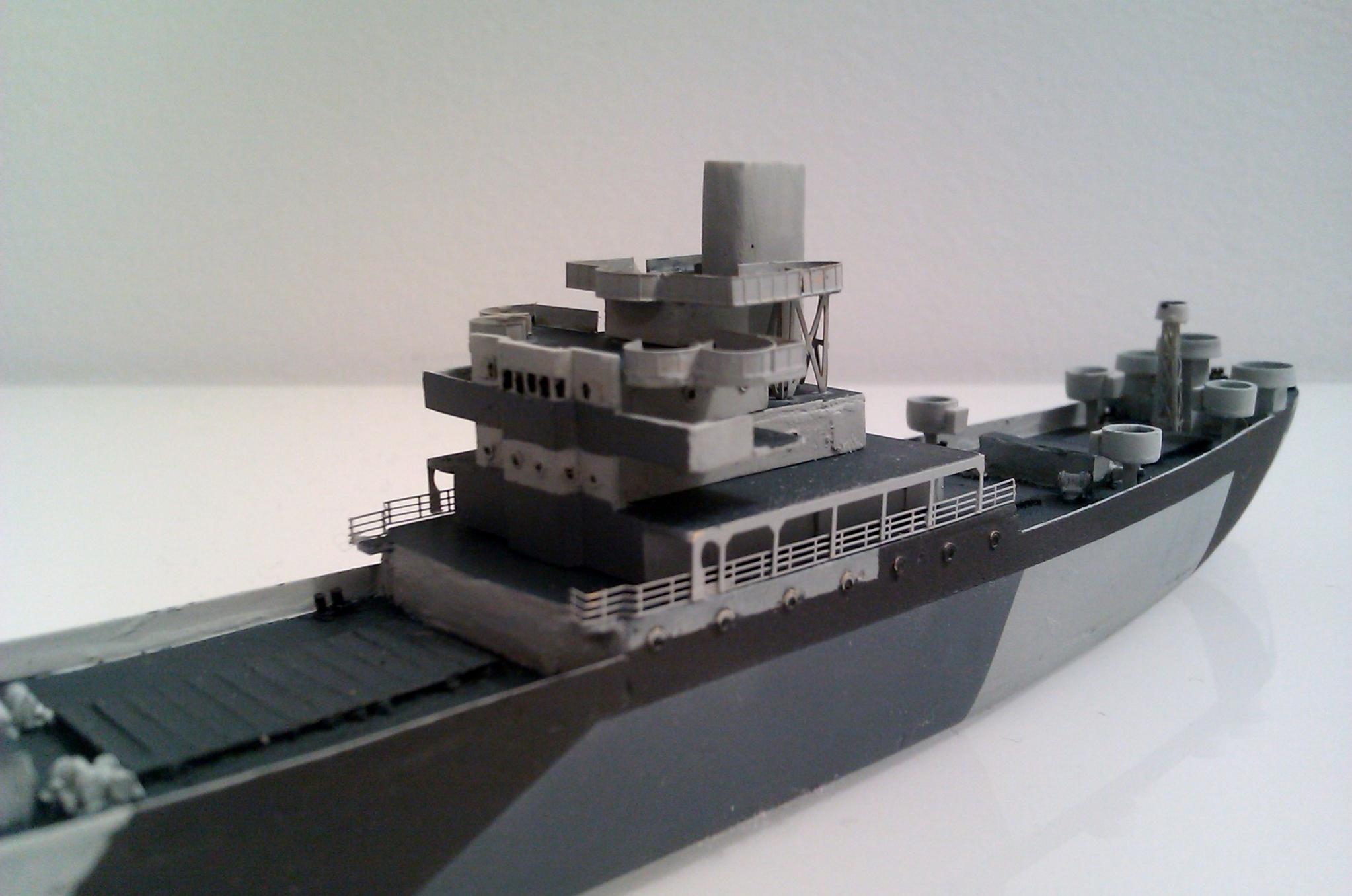 USS Thurston 1/700 à partir du kit Armerican scout de Loose cannon LxsE3DuNC