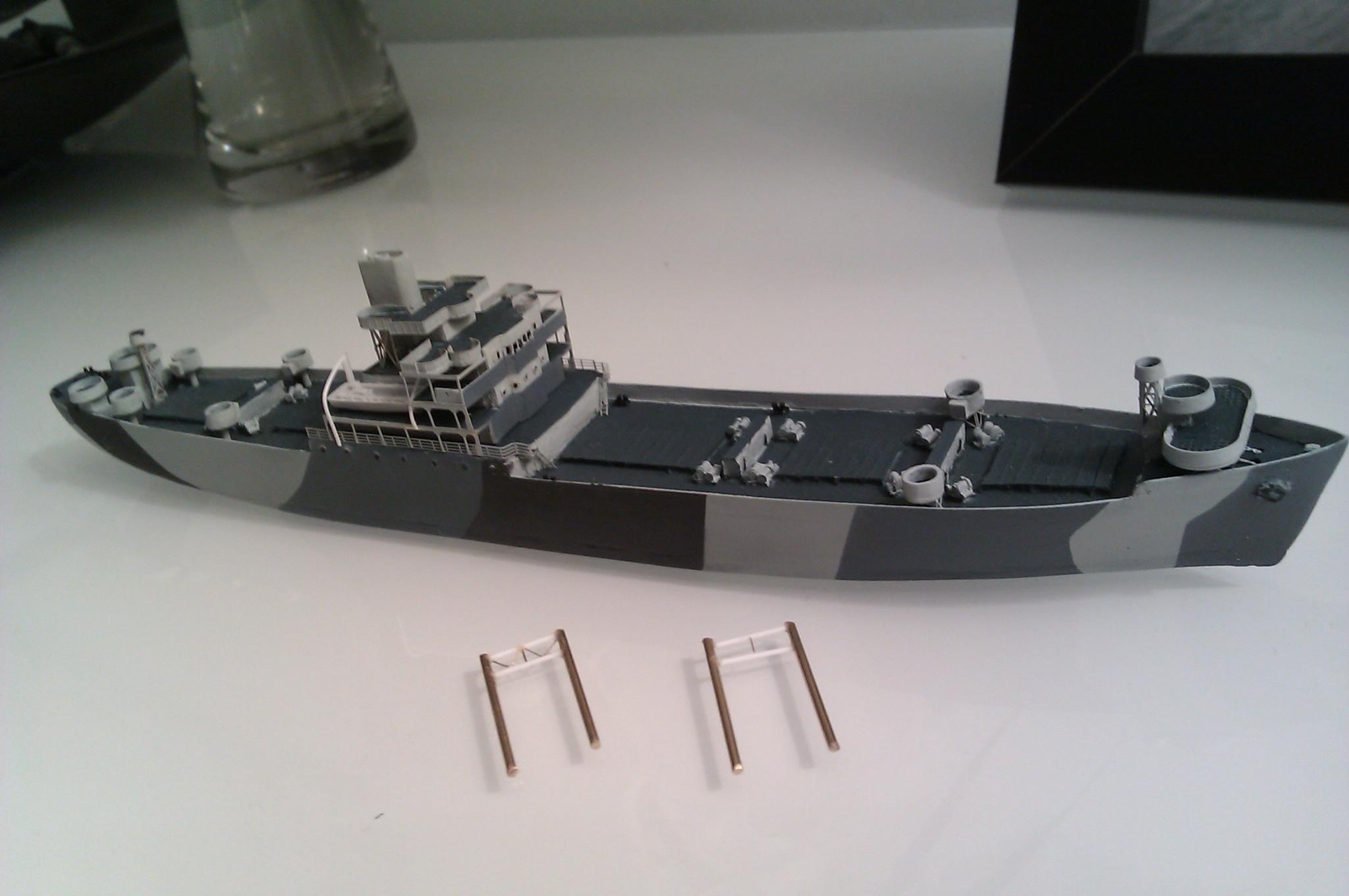 USS Thurston 1/700 à partir du kit Armerican scout de Loose cannon ZfdG2