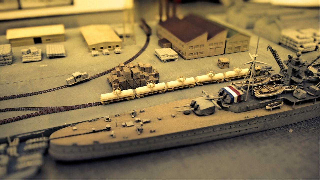 Diorama base navale 1/700 par Nesquik - Page 3 2qJH61uCd