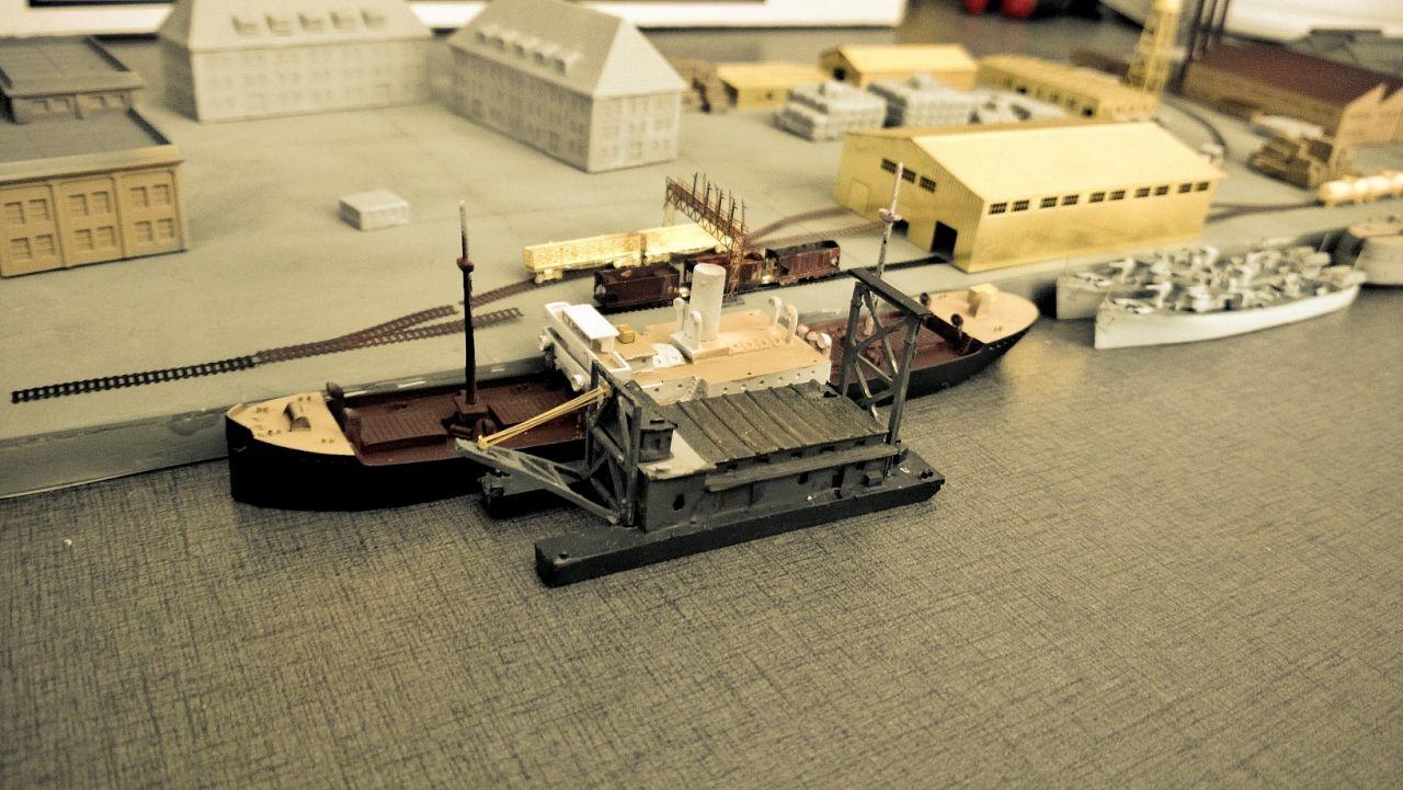 Diorama base navale 1/700 par Nesquik - Page 3 J4Hln