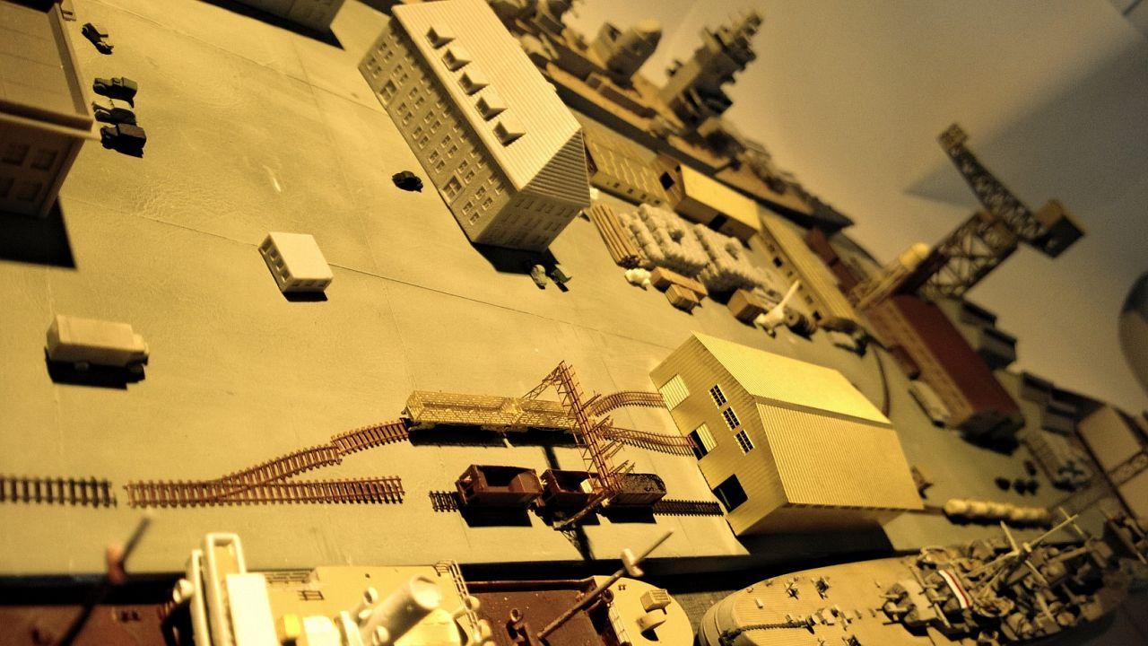 Diorama base navale 1/700 par Nesquik - Page 3 V7IQ