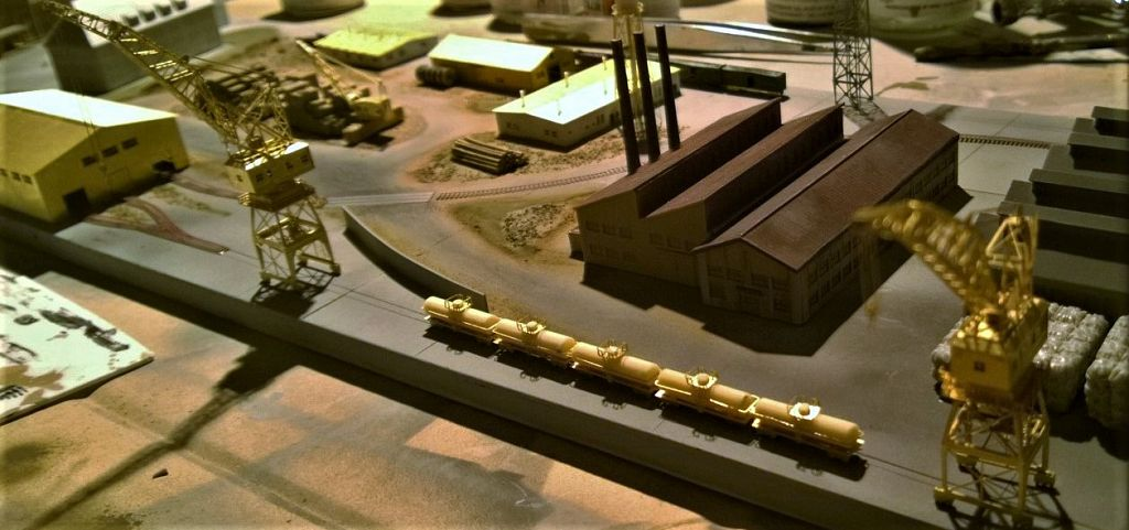 Diorama base navale 1/700 par Nesquik - Page 3 HfExp1