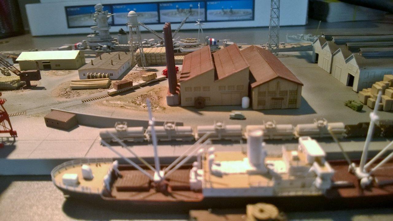 Diorama base navale 1/700 par Nesquik - Page 4 0iImbX