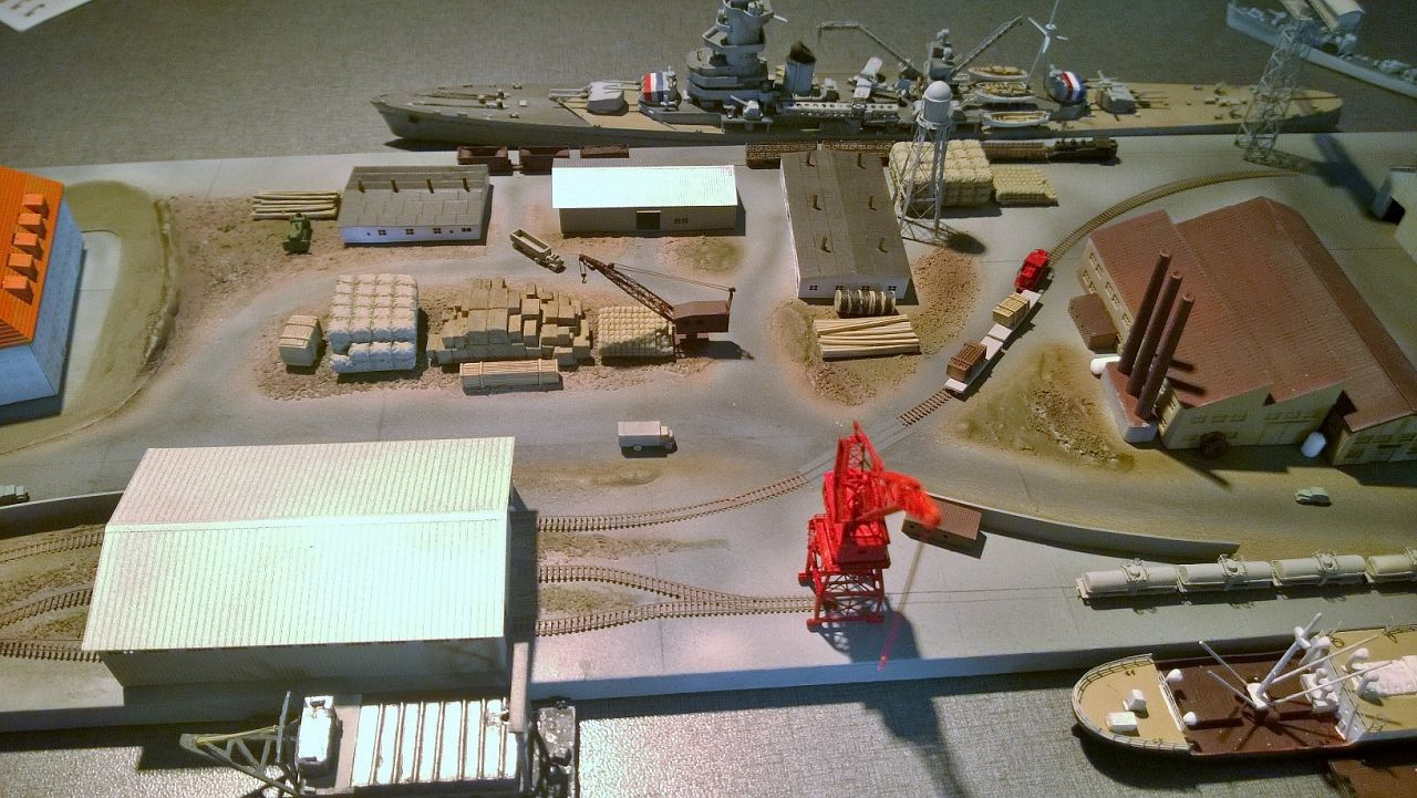 Diorama base navale 1/700 par Nesquik - Page 4 LmK1Uqi28