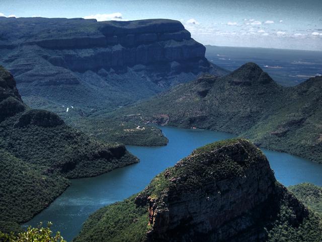 FOTO TË MUAJIT SHKURT - Faqe 6 Blyde-River-Canyon-South-Africa