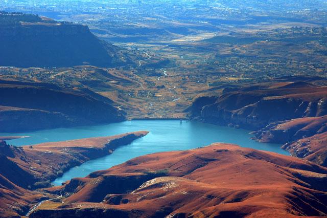 FOTO TË MUAJIT SHKURT - Faqe 6 Drakensburg-Mountains