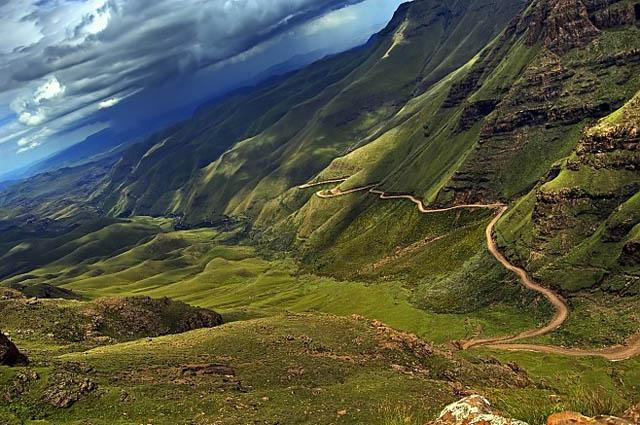 FOTO TË MUAJIT SHKURT - Faqe 6 Sani-Pass-Lesotho