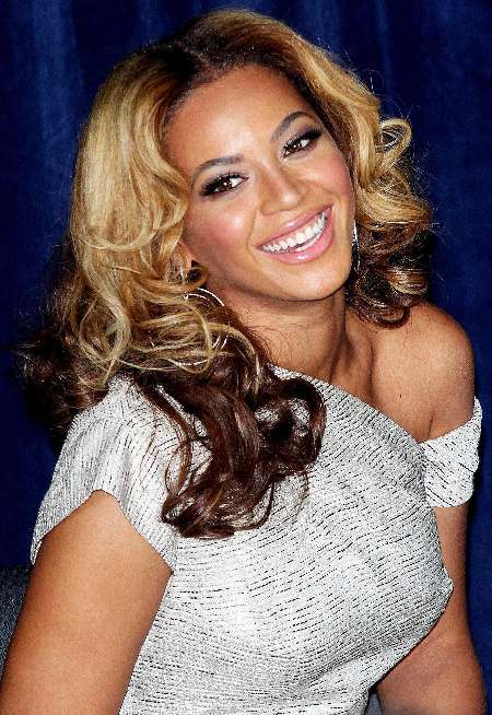 beyonce... - Page 4 Beyonce-knowles-32045