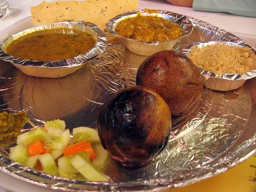 ஜெய்ப்பூர் ராஜகம்பீரமும்  உணவுச்சுவையும் Best_food_dal-baati-churma_in_jaipur
