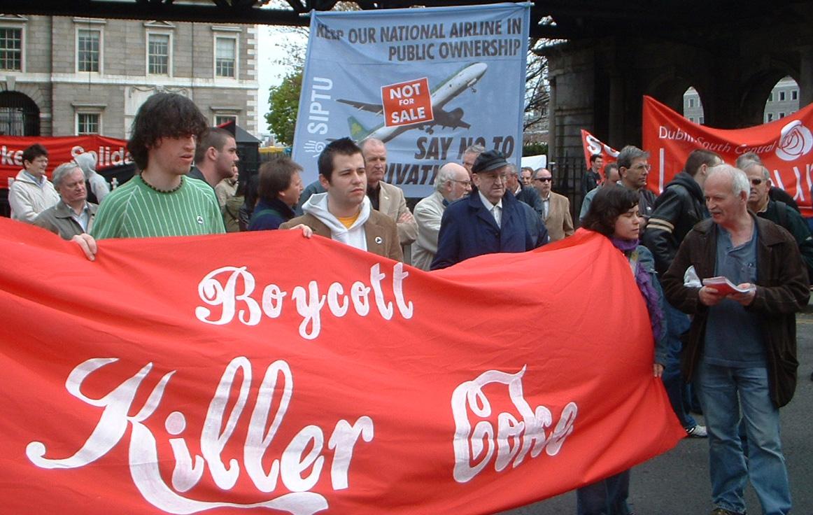 selon - Coca-Cola et la formule secrète Boycott_killer_coke