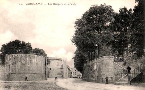 GUINGAMP * GWENGAMP Guingamp-39