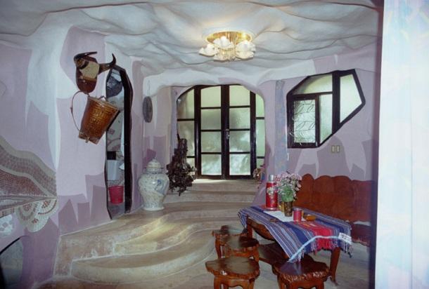 Najskuplje ,neobične ,čudne hotelske sobe i hoteli  Hang-nga-crazy-house-inside