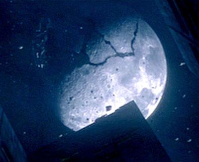 القمر كان مشتعلاً ثم انطفأ Moon_crash
