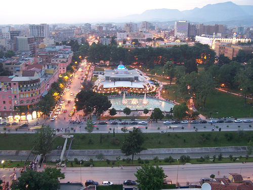 Shif me sy e plas me zemer Tirana