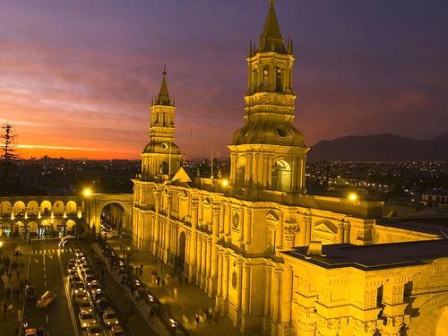 Peru - Page 2 Arequipa_city_peru