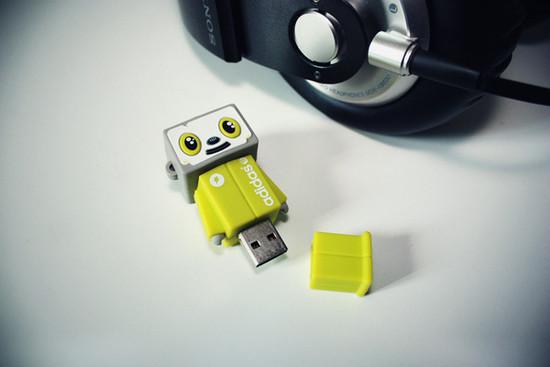 صور احدث انواع الفلاشات USB جديدة ومتنوعة الغرابة والطرافة فلاشات .. Usb-designs-31