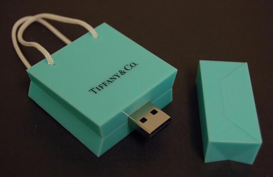 صور احدث انواع الفلاشات USB جديدة ومتنوعة الغرابة والطرافة فلاشات .. Usb-designs-46