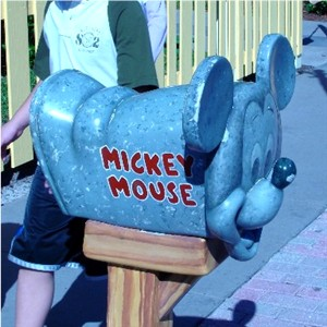 Les fifiches de Darby : Mickey's Toontown Fair MickeyMailbox