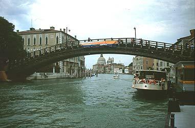 Mostovi - Page 2 Accademia