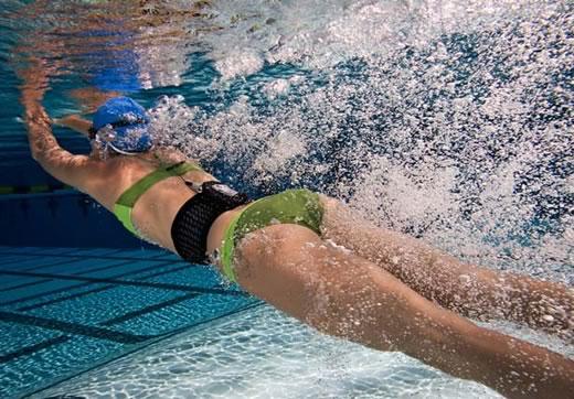OTRO JUEGO...COLOCAR PALABRA CON LA SILABA QUE TERMINA - Página 5 Swimbelt-ipod-nadar