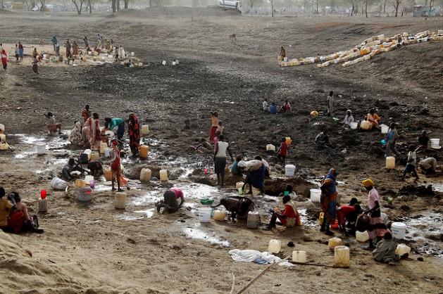 Sudán, Sudán del Sur. Militarismo, guerras, petróleo. - Página 2 100968-20120614