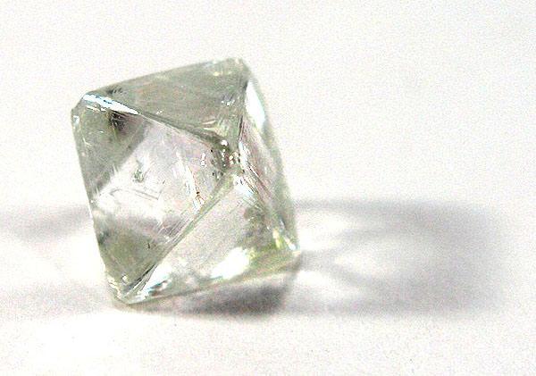 Le coffret des cristaux - Cristaux de guérison- Judy Hall Diamant-brut-large