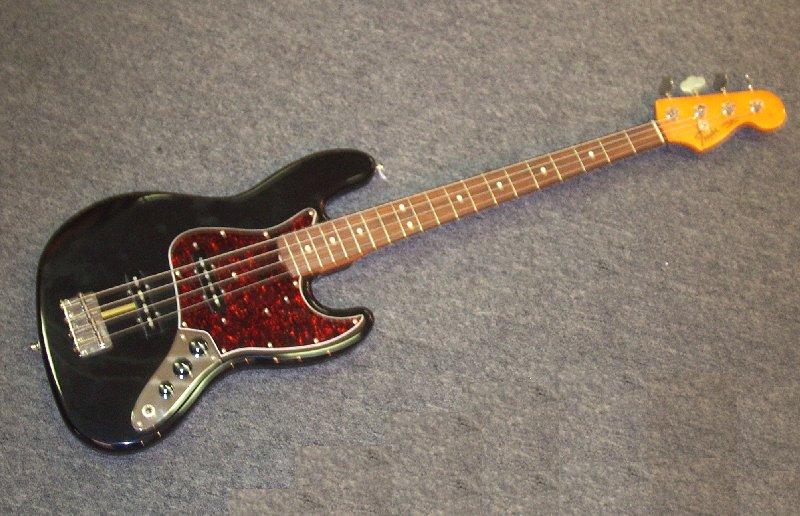 les fender jazz bass Fender62jazzbassfront