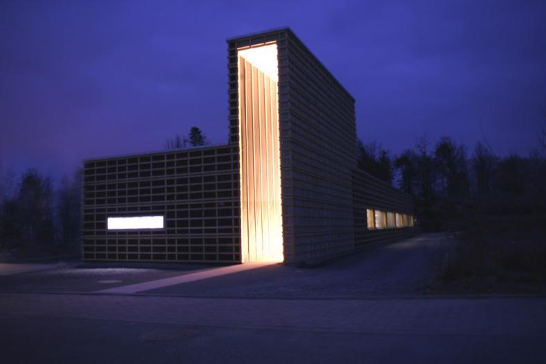 stowa - [REVUE] Stowa Antea Small Second : l'horlogerie à l'heure du Bauhaus GebC3A4ude-webbild_2