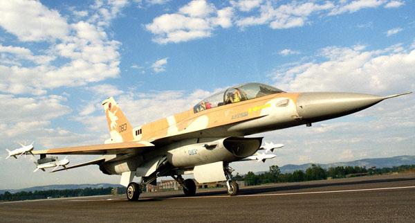 """شرح مفصل للاف-16 بلوك 52 """" النسخة المصرية """" - صفحة 5 F-16_derby_2"""