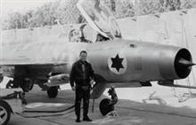 MiG-21 Fishbed - Page 2 Munir-redfa