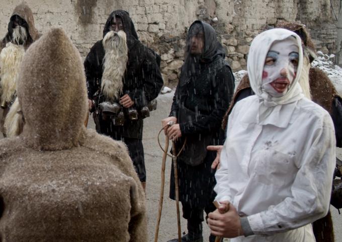 Македонски обичаи: верски, пагански празници итн. Begniste8