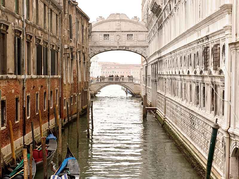 Arhitektura koja spaja ljude - Mostovi Venezia_Ponte_dei_sospiri