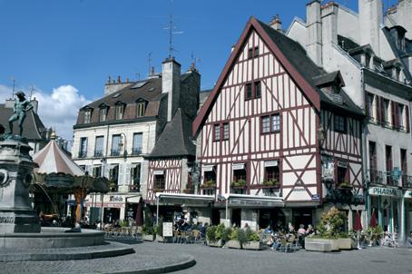 Nos régions en photos... - Page 2 Place-du-bareuzai_dijon