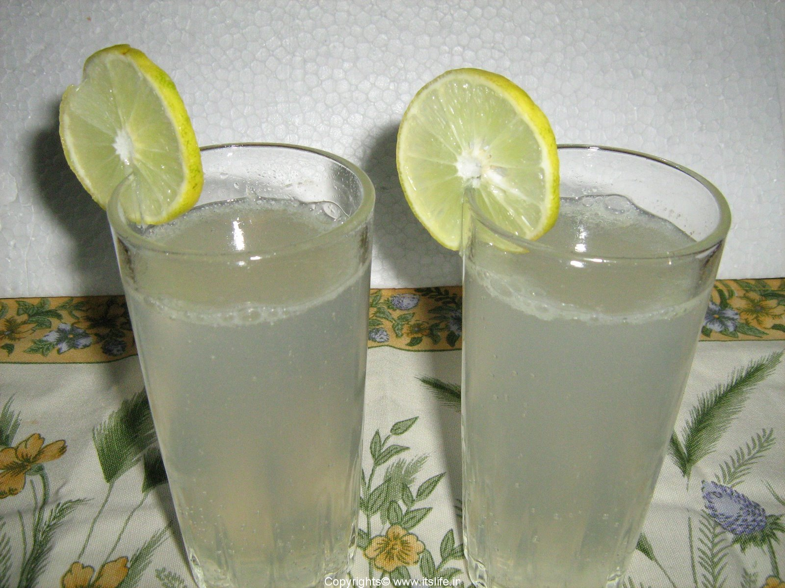 Ces aliments étrangers que tu as adoré... et détesté ! Recipe-drinks-soda-lime