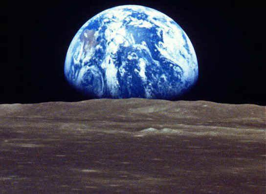 The Case For Sticking Together Vs Falling Apart Earthrise