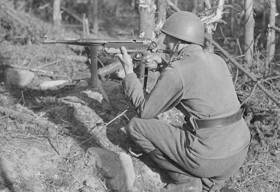Diverses photos de la WWII (fichier 8) - Page 2 Kp_MP38_2
