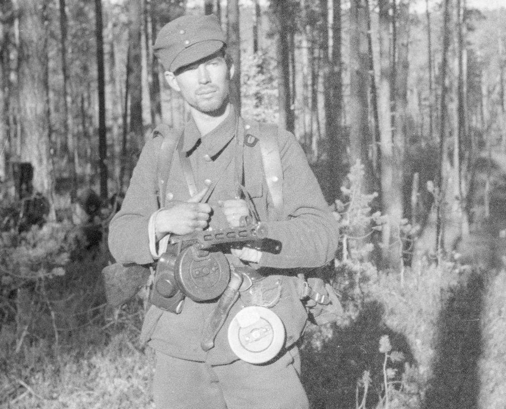 Diverses photos de la WWII (fichier 8) - Page 2 Kp_Ppsh41_3