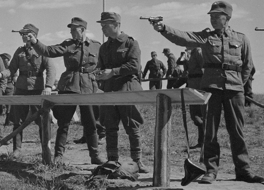 Diverses photos de la WWII (fichier 8) - Page 2 Pist_L35_3