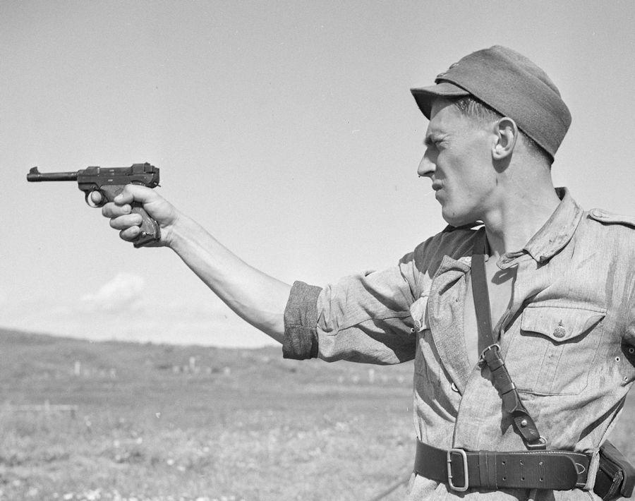Diverses photos de la WWII (fichier 8) - Page 2 Pist_L35_5