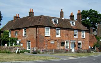 Jane et vous ! Chawton_cottage_1