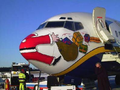 Joulukalenteri -09 054_santa_airplane_crash