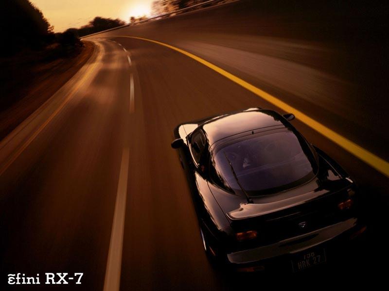 Quais são para vós os carros mais belos de sempre? Rx-7_efini8001