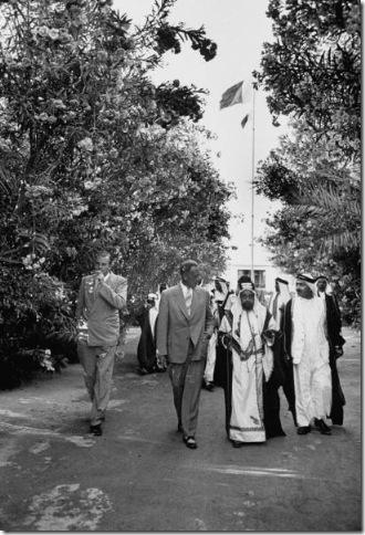 صور نادرة للبحرين مجلة LIFE Thumb33