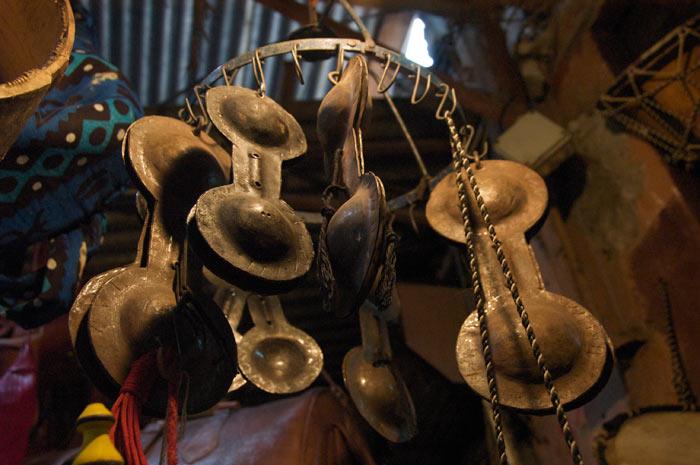 Stari muzicki instrumenti Musical-instruments-souks-marrakech-4