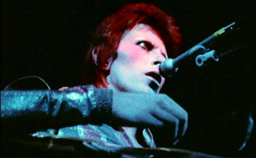 Ziggy Stardust: 40 años de invasion alienigena Ziggy-Stardust-1024x630