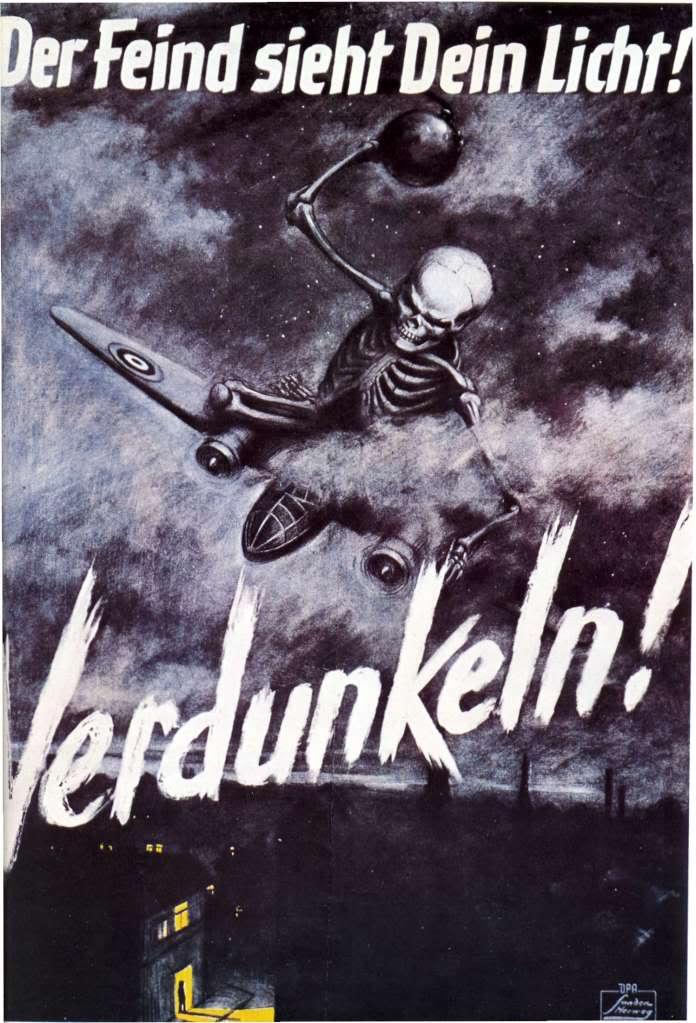 La propaganda de Goebbels durante la II Guerra Mundial El-enemigo-ve-tu-luz-%C2%A1apagala