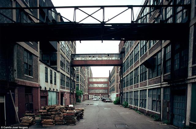 Detroit: así se hundió el Titanic del capitalismo estadounidense Packard
