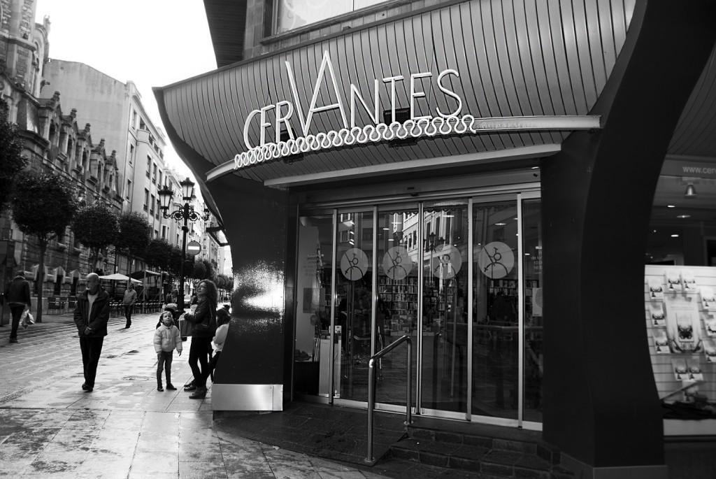 Librerias con encanto XII: Cervantes (Oviedo) DSC9297-1024x685