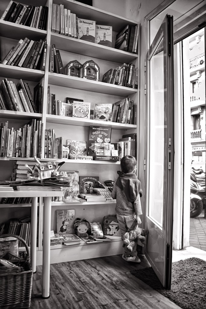 Librerias con encanto XIV: Libreria Modesta (Madrid) Sin-t%C3%ADtulo-5-120-682x1024